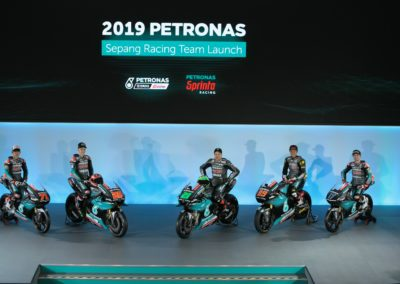 01_PETRONAS YAMAHA SEPANG RACING TEAM UNVEILS 2019 LIVERIES (2)